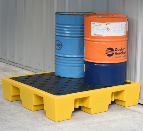 Featured spill control - 4 drum pallet
